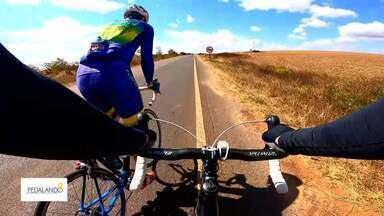 Pedal da Independência - O Repórter Fábio Amato mostra a experiência de pedalar 200 km entre Sobradinho e Alto Paraíso (GO).