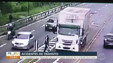 Aumenta número de acidentes de trânsito em todo o sul do Estado do Rio - A imprudência e a distração são os principais motivos do aumento dos casos. Em 2018, Volta Redonda registrou mais de 1.500 acidentes.