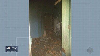 Mulher de 59 anos morre durante incêndio em residência em Três Corações (MG) - Mulher de 59 anos morre durante incêndio em residência em Três Corações (MG)