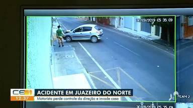 Motorista perde o controle em Juazeiro do Norte e invade casa - Saiba mais no g1.com.br/ce