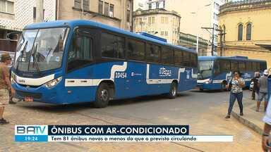 Empresa de ônibus não cumpre acordo no prazo e é obrigada a colocar executivos nas ruas - Há, atualmente, 81 coletivos novos a menos circulando pela cidade.
