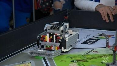 Termina o 5º Festival de Robótica de Sorocaba - Terminou no fim de semana o quinto festival de robótica de Sorocaba, que teve o apoio da TV TEM.