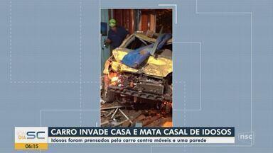 Carro invade casa e mata casal de idosos em Xanxerê - Carro invade casa e mata casal de idosos em Xanxerê