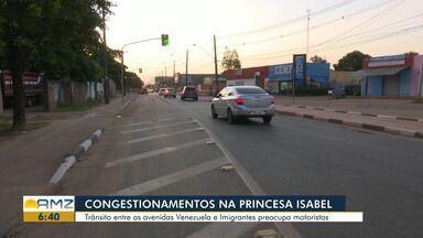 Motoristas devem aumentar a atenção em avenida de Boa Vista após mudanças no trânsito - Congestionamentos são constantes entre as avenidas Venezuela e Imigrantes.