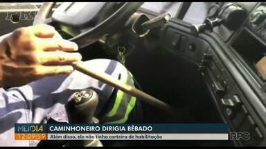 Homem é preso dirigindo caminhão bêbado e sem carteira de habilitação - Ele ainda usava um cano de PVC para porque é deficiente físico.