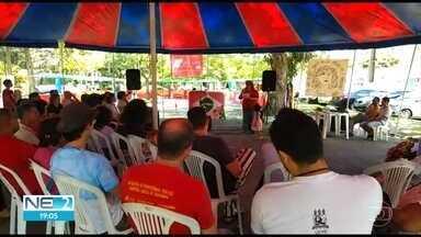 Universidades federais paralisam atividades em Pernambuco - Manifestação foi provocada pelos cortes de orçamento