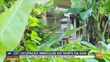 Prefeitura de Florianópolis deve alterar código de obras por ocupações irregulares - Prefeitura de Florianópolis deve alterar código de obras por ocupações irregulares