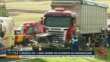 Criança de um ano morre em acidente na BR-376 em Mandaguari - Uma conversão proibida pode ter causado o acidente.
