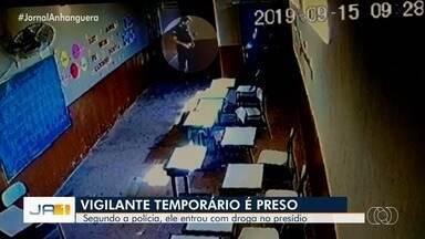 Vigilante temporário é preso suspeito de entrar com droga no presídio de Piracanjuba - Ele foi preso após investigação da polícia.