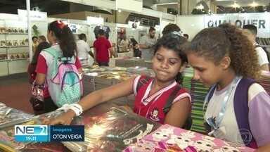 Bienal Internacional do Livro encanta crianças em Olinda - Evento acontece até o dia 13 de outubro no Centro de Convenções.