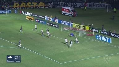 Santos vence o Vasco em partida deste sábado (5) - Com o resultado, o Santos chega aos 44 pontos.