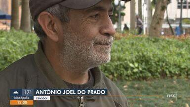 Grupos oferecem auxílio para pessoas em situação de rua em Florianópolis - Grupos oferecem auxílio para pessoas em situação de rua em Florianópolis