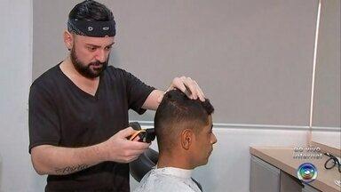 Prefeitura de Rio Preto oferece cursos de qualificação gratuitos - A Prefeitura de São José do Rio Preto (SP) está oferecendo cursos de qualificação gratuitos de barbeiro e oratória.