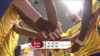 Brasil vence Argentina e chega à sexta vitória seguida na Copa do Mundo de vôlei masculino - Brasil vence Argentina e chega à sexta vitória seguida na Copa do Mundo de vôlei masculino