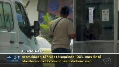 Ambulâncias que atendem grávidas do Projeto Cegonha param por falta de combustível - Para garantir a circulação de algumas ambulâncias, funcionários levam dinheiro vivo para abastecer os veículos.
