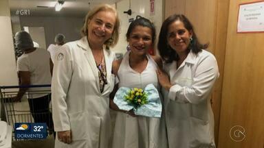 Paciente em tratamento contra o câncer casa com a esposa em um hospital de Recife - Um história de amor emocionante.