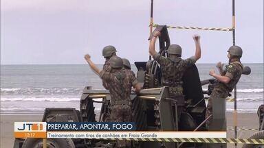 Militares realizam treinamento com tiros de canhões em Praia Grande - Militares da Fortaleza de Itaipu fazem treinamento de tiro para testar o sistema de defesa, usando canhões capazes de derrubar aviões.