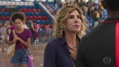 Ramon e Eugênia discutem por causa de Gabriela - Alice entra na discussão e defende a irmã