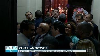 Deputados do PSL quase saem no tapa com prefeito de Mesquita na Alerj - Assessores, outros deputados e seguranças tiveram que separar Rodrigo Amorim, Alexandre Knoplosh - ambos do PSL - e Jorge Miranda (PSDB), da prefeitura de Mesquita.