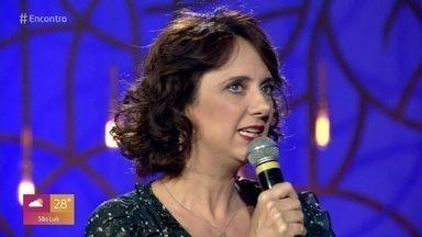 Letícia Isnard interpreta Ivana na novela 'Avenida Brasil' - Atriz também está em cartaz na segunda temporada da série 'Filhos da Pátria' e fala sobre seu trabalho no teatro com o espetáculo 'Agosto'