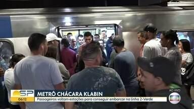 Passageiros voltam estações para conseguir embarcar na linha 2 - Verde - Problema é na Chácara Klabin no sentido da Vila Madalena.