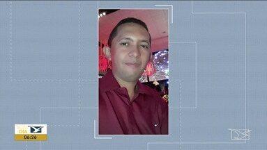 Polícia localiza corpo de pastor enterrado em quintal no Maranhão - Dono da casa onde estava o corpo, Saulo Pereira Nunes, de 38 anos, foi preso pela Polícia Civil pelo assassinato de Mackson da Silva Costa, que era pastor evangélico e técnico em informática.