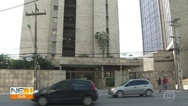 PF faz buscas na casa de Luciano Bivar e na sede do PSL em investigação sobre 'laranjas' - Todos os nove mandados foram cumpridos em Pernambuco.