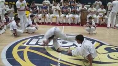 Mogi das Cruzes sedia festival de capoeira em homenagem ao dia das Crianças - O ginásio Hugo Ramos foi palco da 19º edição do Ginga Criança de capoeira, que recebeu jovens capoeiristas com idades entre 6 e 14 anos.