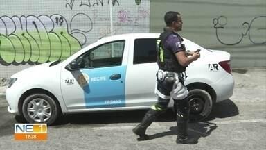 Em oito meses, 20 mil multas são aplicadas devido a estacionamento irregular no Recife - Gerente de operação e fiscalização da CTTU dá orientações para os motoristas evitarem as infrações.