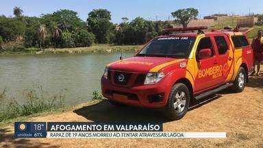 Rapaz de 19 anos se afoga em lagoa de Valparaíso - Corpo foi encontrado a três metros de profundidade. Testemunhas contaram que ele tentava fazer uma travessia a nado.