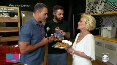 Ana Maria serve a melhor coxinha do mundo para Cauê Fabiano e Fabrício Battaglini - É a primeira vez em que Cauê e Ana se encontram pessoalmente