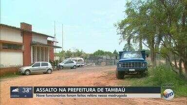Assaltantes armados rendem funcionários da prefeitura de Tambaú e roubam maquinários - Segundo a administração municipal, suspeitos fugiram levando também veículos.