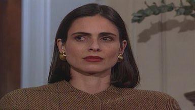 Capítulo de 29/10/1990 - Isadora obriga o filho a terminar seu namoro. Chateada, Fernanda recusa o cheque de Isadora. Berenice decide se vingar de Isadora por humilhar Fernanda. Claudio sofre um derrame.