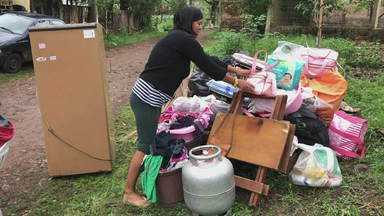 Temporais durante a semana deixam moradores com prejuízos nas casas - Alegrete ficou alagada e Lagoa Vermelha teve temporal de granizo.