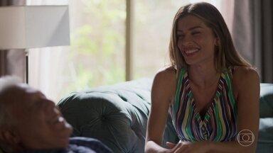 Paloma diz a Alberto que não pretende deixar de trabalhar na mansão - undefined