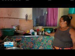 Moradores reclamam de falta de abastecimento de água em Teófilo Otoni - Segundo os moradores do Bairro Pindorama, a falta de água nas casa já dura mais de cinco dias.