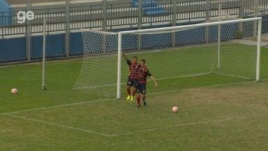 Terlison aproveita o rebote e marca o gol da virada do Tarumã - Terlison aproveita o rebote e marca o gol da virada