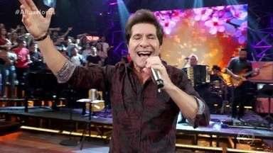 """Daniel canta """"Adoro Amar Você"""" - Sucesso anima a plateia"""
