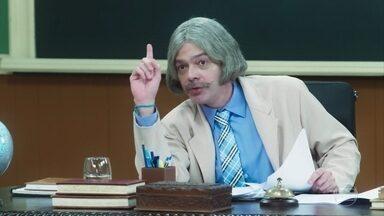 Professor Raimundo dá nota zero para todos os alunos - Professor descobre que todos os alunos colaram