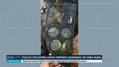 Polícia encontra avião furtado queimado em área rural - Algumas peças foram retiradas e até agora ninguém foi preso