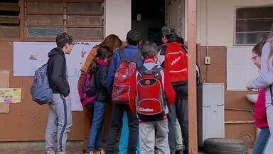 Escolas de Cachoeirinha que sofreram arrombamentos retomam as aulas - Alunos e professores seguem com receio de que volte a acontecer.