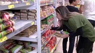 Rótulos de alimentos exigem atenção do consumidor - Anvisa abriu consulta pública sobre a rotulagem de alimentos.