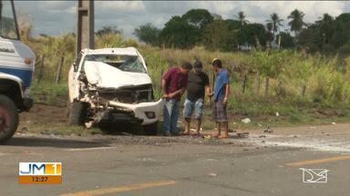 Uma pessoa ficou ferida durante acidente entre dois veículos na BR-316 no MA - O repórter Erisvaldo Santos possui mais informações.
