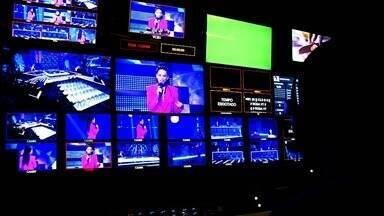 Antes de entrar no palco - Um dia antes da primeira gravação, o elenco fala das expectativas e recebe as últimas instruções no palco do programa.