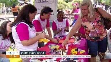 Ação do Outubro Rosa oferece serviços gratuitos em Três Rios neste sábado - Programação estará concentrada na Praça São Sebastião, no Centro, das 9h às 13h. Evento é uma iniciativa da TV Rio Sul.