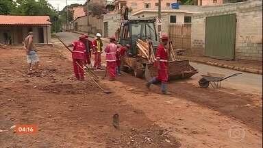 Após temporal, prefeitura de Belo Horizonte realiza limpeza e avalia estragos - Após temporal, prefeitura de Belo Horizonte realiza limpeza e avalia estragos.