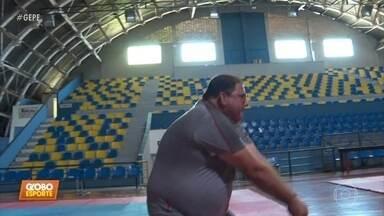 Guto Ferreira visita Piracicaba, cidade natal, e é tomado por lembranças - Treinador do Sport acompanhou equipe do Globo Esporte onde tudo começou para ele