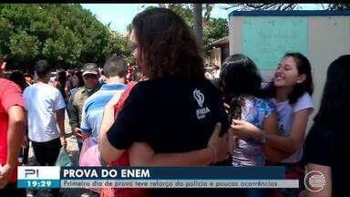 Primeiro dia de provas do Enem foi tranquilo em todo o Piauí - Primeiro dia de provas do Enem foi tranquilo em todo o Piauí
