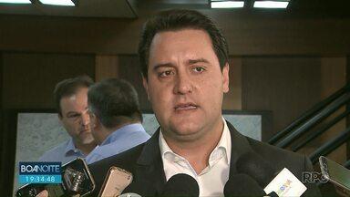 Governador Ratinho Jr. comenta sobre fechamentos de colégios no Paraná - Governador diz que nenhuma decisão vai ser tomada antes de conversa com os pais