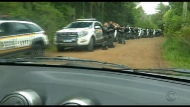 Sete são presos após sequência de crimes na serra gaúcha - Cerco policial montado em Canela segue mobilizado na manhã desta segunda (4).